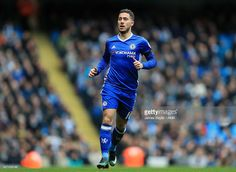 Eden Hazard of Chelsea during the Premier League match between Manchester City and Chelsea at Etihad Stadium on December 3, 2016 in Manchester, England.