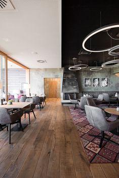 k3 - Möbelbau Breitenthaler, Tischlerei Conference Room, Table, House Ideas, Furniture, Home Decor, Cosy House, Carpentry, Oak Tree, Homemade Home Decor