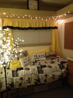 Love the yellow and black idea too. Christmas lights are a must I do believe!