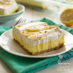 sugar free desserts recipes for diabetics, baking dessert recipes, ethiopian dessert recipes - Lemon cheesecake pudding dessert is a no-bake dream! Graham crackers, lemon pudding, cream cheese and whipped topping combine in this layered lemon dessert! Lemon Cheesecake Bars, Cheesecake Pudding, Cheesecake Desserts, Lemon Desserts, Lemon Recipes, No Bake Desserts, Easy Desserts, Delicious Desserts, Dessert Recipes