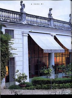 I love a good awning.