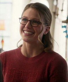 Kara Danvers Supergirl, Supergirl Dc, Melissa Benoist, Melissa Supergirl, Chyler Leigh, Earth 2, The Cw, Beautiful Smile, Celebrity Crush