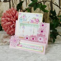 Queen Of Hearts Card, Stepper Cards, Hunkydory Crafts, Luxury Card, Easel Cards, Pretty Designs, Pink Design, Heart Cards, Mothers Day Cards