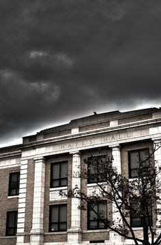 An amazing shot of Hayes Hall @ BGSU