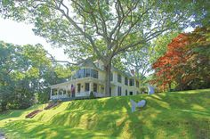 """""""Enchanting Heights Victorian With Pool"""" Shelter Island - Hamptons Real Estate"""