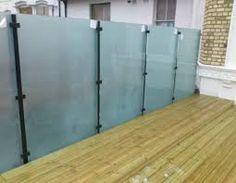 glass balcony privacy screen