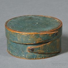 Small Blue-painted Lapped-seam Covered Box | Sale Number 2669M, Lot Number 118 | Skinner Auctioneers