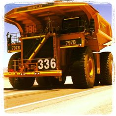 Camion minero 797B. Minera Escondida, Antofagasta - Chile.