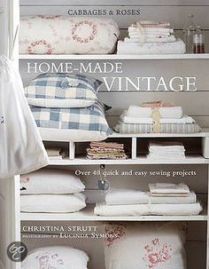 just ordered this book on bol.com, hope it's as great as it looks!   Home-made Vintage, Christina Strutt   Boeken