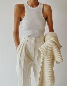 White Outfits, Casual Outfits, Fashion Outfits, Fashion Trends, Emo Fashion, Spring Summer Fashion, Spring Outfits, Autumn Fashion, Mode Monochrome