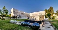 Casa Cubos arquitectura minimalista / Nestor Sandbank, Israel http://www.arquitexs.com/2014/04/casa-minimalista-cubes-house-nestor-sandbank-nestor.html