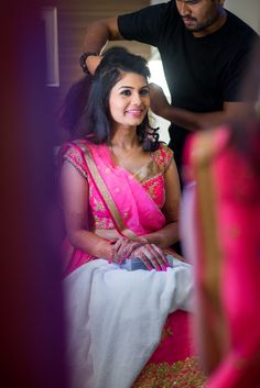 Makeup for the Chennai reception was done by Shabas
