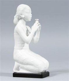 Vara: 3300361Harald Salomon, figurin, porslin, Rörstrand Garden Sculpture, Statue, Outdoor Decor, Pedestal, Auction, Sculptures, Sculpture