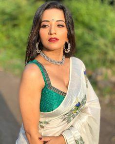 Beautiful Women Over 40, Beautiful Girl Indian, Most Beautiful Indian Actress, Beautiful Celebrities, Beautiful Actresses, Bollywood Actress Hot Photos, Bollywood Girls, Beautiful Bollywood Actress, Korean Beauty Girls