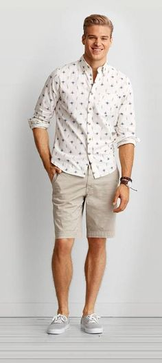 From cargo and flat front to prep and swim trunk, find your new favorite Men's Shorts at American Eagle Outfitters. #MensFashionShorts