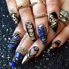 My nails for the moment… I'm all ready for the IBS NY show tomorrow #Swavorski all up on ma nailz