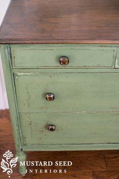Boxwood Dresser - Miss Mustard Seed