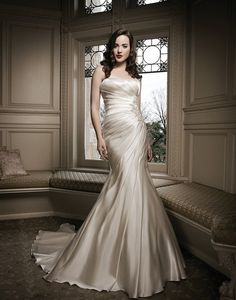 Hey Divas today we have 56 Exclusive Gorgeous Wedding Dresses By Justin Alexander. Style, glamour, amazing fit and exclusive fabrics make Justin Alexander Wedding Dresses 2014, Wedding Dress Styles, Bridal Dresses, Wedding Gowns, Wedding Bride, Wedding Decor, Prom Dresses, Wedding Ideas, Colored Wedding Dress