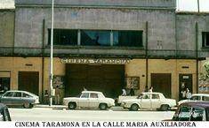 Salamanca en el ayer: Calle de María Auxiliadora Cinema, Natural, Texts, Train Tracks, Old Photos, Town Hall, Classic Cars, Movies, Nature