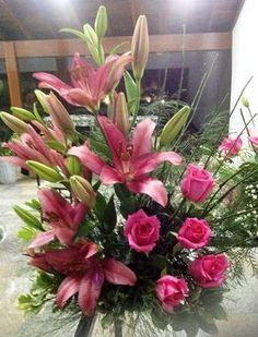 Arranjo de Lírios e Rosas - pink
