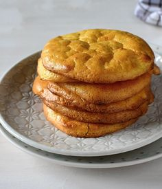 Oopsie placky, low carb chleba « LadyLowCarb.cz Pan Dulce, Lowes, Healthy Recipes, Healthy Food, Muffin, Low Carb, Breakfast, Paleo, Fitness