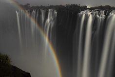 luna rainbow victoria falls - Google 検索