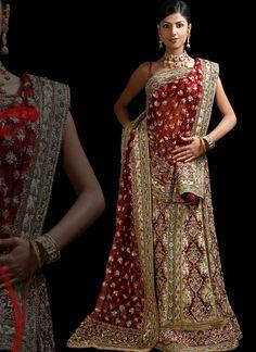 Ideal Indian wedding dress/ lengha choli/ sari