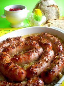 Biała kiełbasa pieczona - z cebulą, musztardą i piwem B Food, Good Food, Pork Recipes, Cooking Recipes, Musaka, Best Food Ever, Kielbasa, Food Design, Design Design