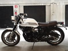 Yamaha XJ 600 Brat Cafe   Straight Cafè - Find Your Special Motorbike … Right Now!