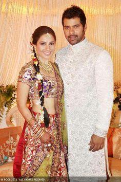 Shabbir Ahluwalia And Kanchi Kaul Wedding Pics 2011 Indian Wedding Deco, Indian Wedding Couple, Indian Wedding Fashion, Desi Wedding, Wedding Pics, Indian Bridal, Wedding Couples, Wedding Styles, Wedding Reception