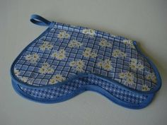 Bee In My Bonnet: Vintage Monday - Hot Pads Part 2