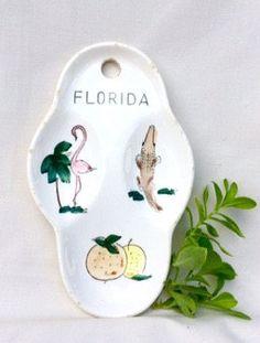 Vintage FLORIDA Souvenir Ceramic Flamingo Citrus Alligator Hanging Dish