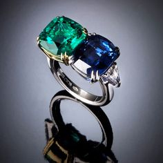 Since 1949 Veschetti is an italian high-end jewelry and synonymous of passion for exclusive jewels. Emerald Jewelry, Gemstone Jewelry, Jewelry Rings, Fine Jewelry, Crossover Ring, Dress Rings, Color Ring, Royal Jewels, Vintage Diamond