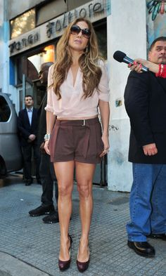 J Lo - great shorts for pears