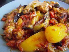 Bonjour, aujourd'hui je vous propose une recette turque à ma connaissance, pas très diététique mais tellement bon ! Ce plat est à base d'ailes de poulets ou cuisses de poulets comme vous avez envie et des différents légumes tels que des pommes de terre,...