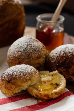pomegranate days: Brioche with Honeycomb Butter