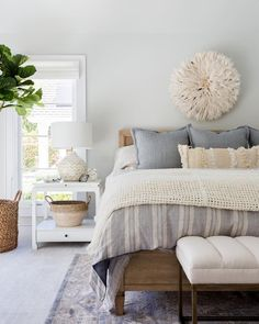 A Little Bit Boho/ Minimal Bedroom Decor Inspo