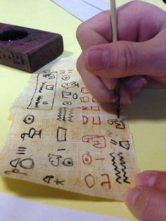 """""""Il Piccolo Scriba"""" - Laboratorio didattico sulla scrittura egizia"""
