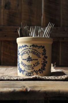 stoneware condiment jar (pot de confiture) | collectibles + home decor Antique Crocks, Old Crocks, Fresh Farmhouse, Farmhouse Style, Cottage Style, Farmhouse Decor, Stoneware Crocks, Antique Stoneware, Pots