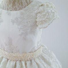 Princesinhas vão brilhar com a nova coleção #renda #amooquefaco #encantarosolhos #damadehonra #damascasadehonra