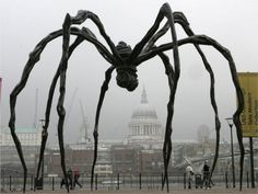 Maman - Louise Bourgeois, sculpture