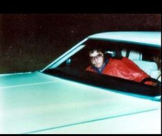 March 26 1976 Elvis Presley is seen at the sight of an accident 2