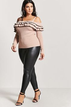 Plus Size Ruffled Open-Shoulder Top Fall Outfits For Teen Girls, Fall Outfits For Work, Casual Fall Outfits, Shiny Leggings, Plus Size Leggings, Sweaters And Leggings, Curvy Girl Fashion, Plus Size Fashion, Plus Size Dresses