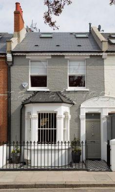 Grey brickwork of terraced London house England UK - Sdiuvqa Terrace House Exterior, Cottage Exterior, House Paint Exterior, Exterior House Colors, Grey House Exteriors, Victorian Front Garden, Victorian Terrace House, Victorian House London, Victorian Homes Exterior