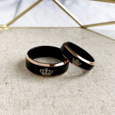 Matching Couple Rings, Matching Couples, King Queen Rings, Couple Jewelry, Titanium Rings, Cute Rings, Ring Verlobung, Rings For Men, Wedding Rings