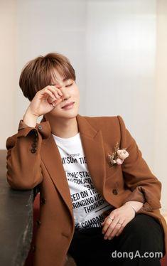 Kim Jinhwan, Chanwoo Ikon, Yg Entertainment, Bobby, Ikon Member, Ikon Kpop, Ikon Debut, Ikon Wallpaper, Guy Friends