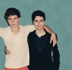 Ansel Elgort and Nat Wolff aka Gus and Isaac!! Such cuties!;)