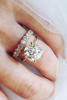 Round diamond engagement ring and wedding band Solitaire Engagement, Wedding Engagement, Wedding Ring Bands, Wedding Jewelry, Ring Verlobung, Dream Ring, Diamond Are A Girls Best Friend, Diamond Rings, Solitaire Diamond