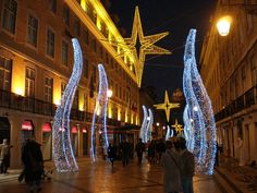 Natal em Lisboa  - Portugal       Visite nosso portal que está conectando sonhos no Natal ! www.CartinhaaoPapaiNoel.com.br    by Luiz Claudio 2011, via Flickr