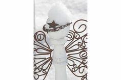 Garden angel in the snow!